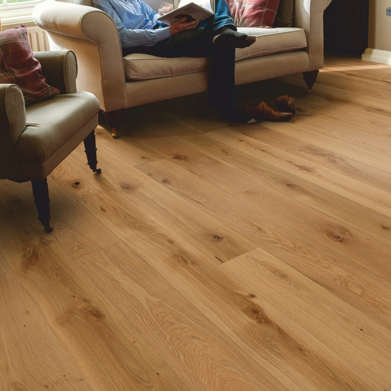 Elka  Rustic Brushed And Oiled Oak 14mm 1-Strip