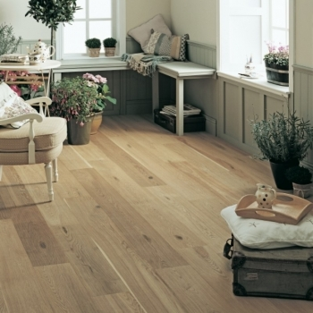 Elka Rustic Brushed And Oiled Oak 20mm
