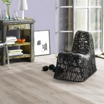 Parador Classic 2030 Oak Royal White Limed HDF Backed Vinyl Flooring