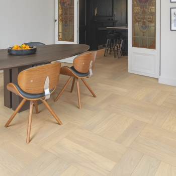 Quick-Step Disegno Creamy Oak Herringbone Extra Matt