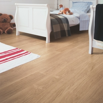 Quick-Step Eligna White Varnished Oak Waterproof Laminate Floor EL915