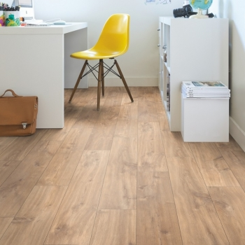 Quick-Step Classic Midnight Oak Natural Laminate Flooring CLM1487