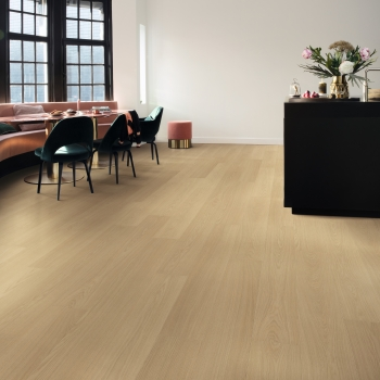 Quickstep Signature Beige Varnished Oak
