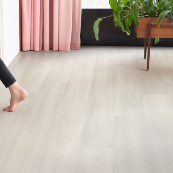Quickstep Signature White Premium Oak
