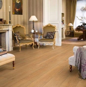 Quick-Step Classic Moonlight Oak Natural Laminate Flooring CLM1659