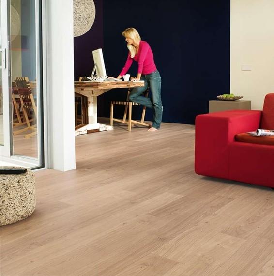 light oak wood flooring. Quick-Step Elite Worn Light Oak Laminate Flooring UE1303 Wood