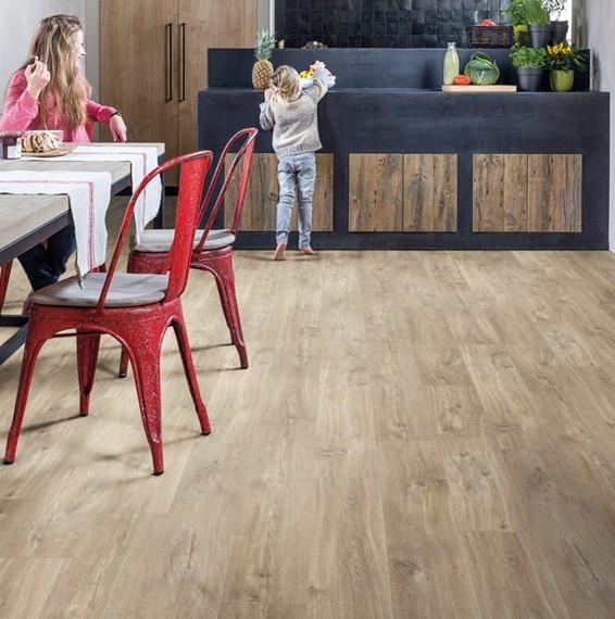 Quick Step Balance Canyon Oak Light Brown With Saw Cuts Vinyl Flooring