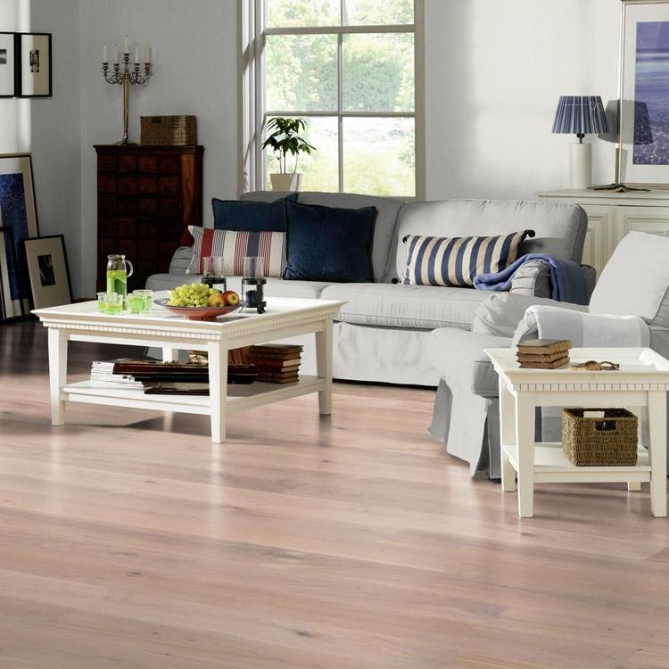Woodland Robusta Oak White Stained 20mm Engineered Wood Flooring