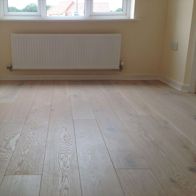 Woodland Robusta Oak Extra White 20mm Engineered Wood Flooring