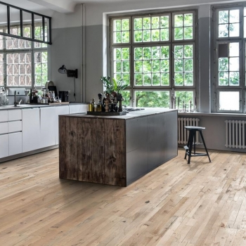 Kahrs Stockholm Expressive White 3-Strip Engineered Wood