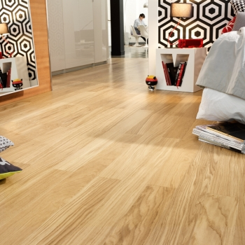 Tarkett Viva brushed oak wide plank Natura Matt Lacquer 8.5mm