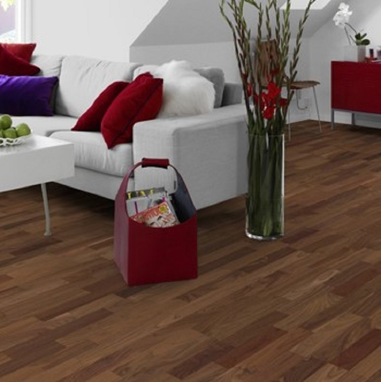 Tarkett Viva Walnut 8.5mm 3 strip