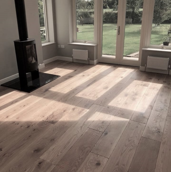 Installed using Hamiltons Woodland Robusta Oak Norwich 20mm Engineered Oak Planks Aged and Distressed Hardwax Oil
