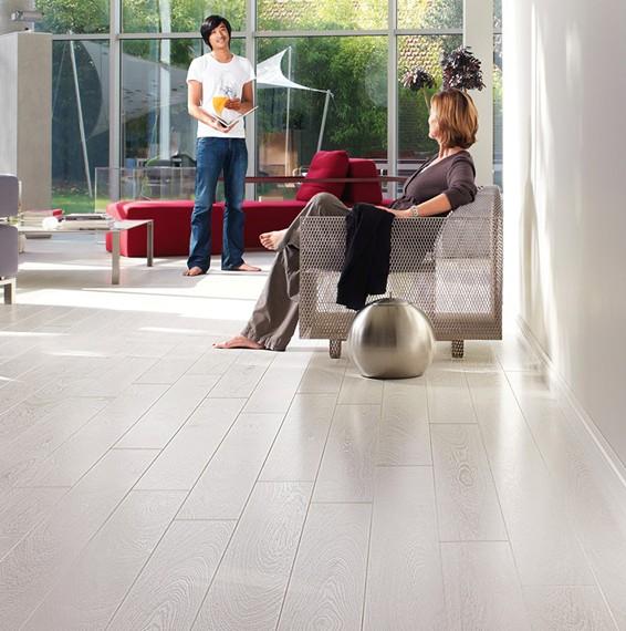 Quick Step Classic Bleached White Oak Laminate Flooring Save More